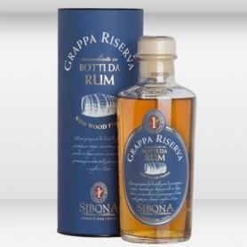 Grappa affinata in botti di Rum Sibona
